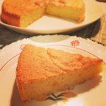 レモン味のさっぱりアーモンドケーキ  卵とアーモンドパウダーだけのヘルシーなケーキです