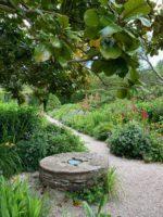 川沿いに広がる庭園マウントアッシャーガーデン